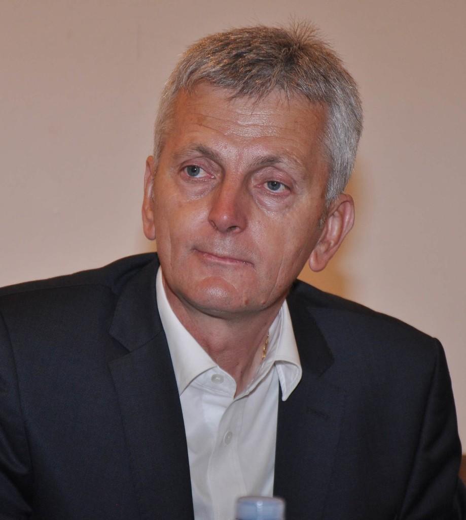Milovan Djukanov, autor knjige