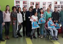 Veselin Grbović posjetio Dnevni centar i uručio poklone