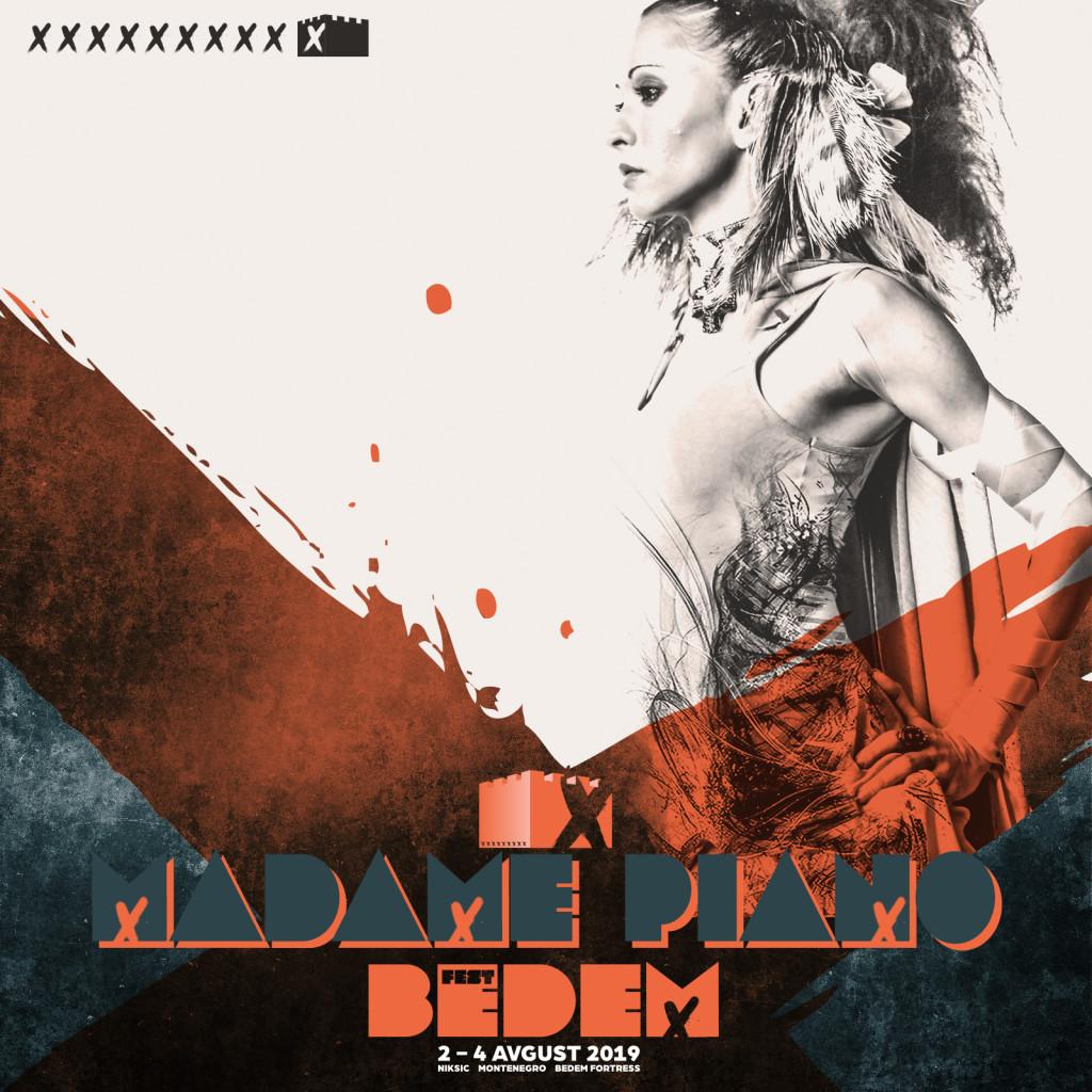 02-madame-piano