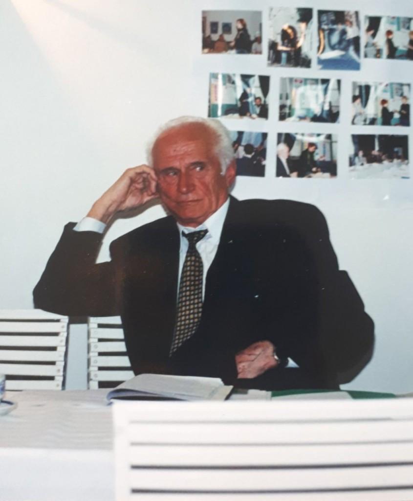 Novine-Rade Delibasic profesor (5)