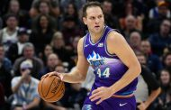 Bojan Bogdanovic leads balanced Utah Jazz offence to fifth straight victory