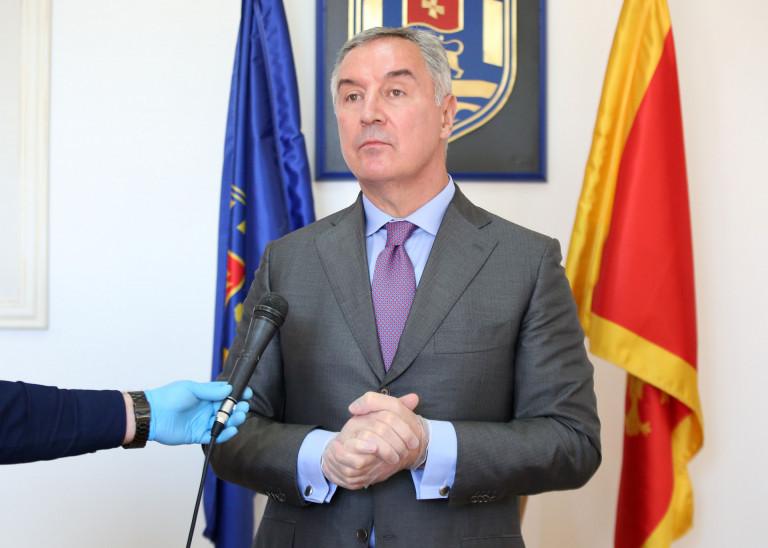 Đukanović: Najvažniji interes je da što prije počnu da rade sve kompanije u Crnoj Gori