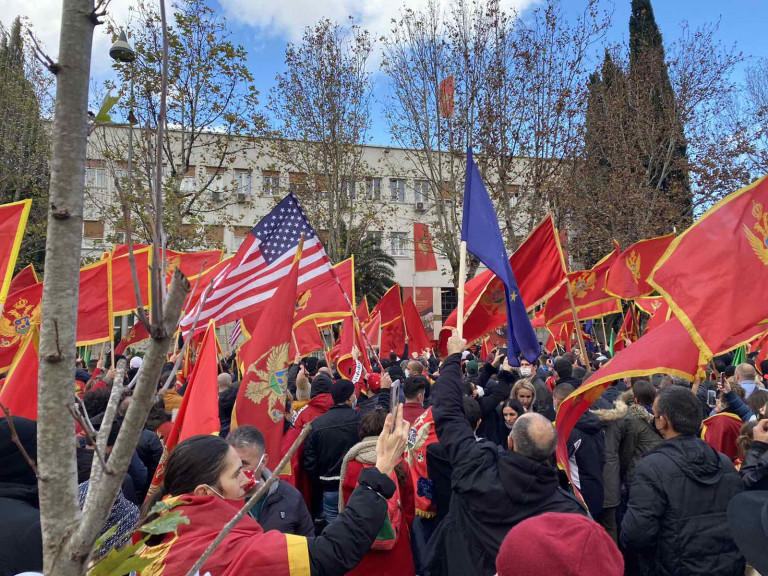 Ispred Skupštine Crne Gore održan je protest građana