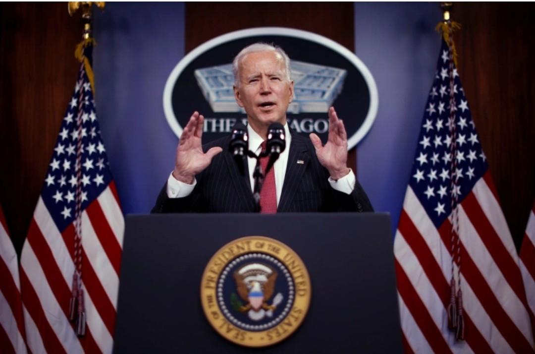 Biden: Demokratija je krhka, odbrana istine je naša dužnost